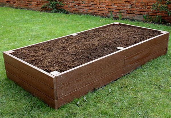 Recycled Plastic Planters and Raised Beds