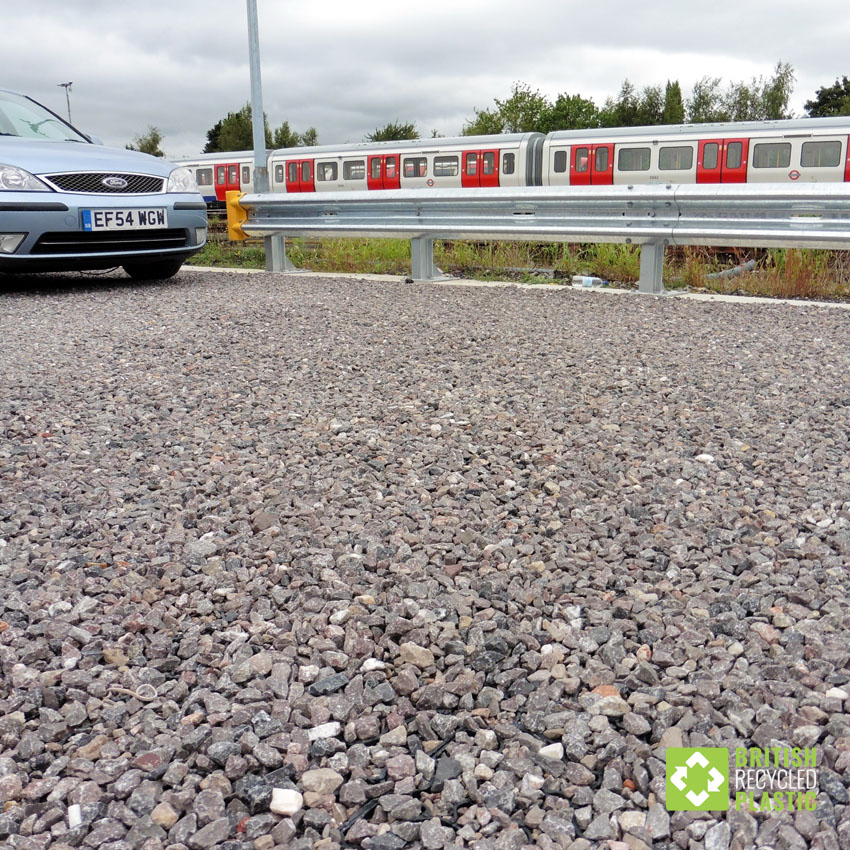 The recycled plastic Hebden X-Grid permeable paving used by Transport for London