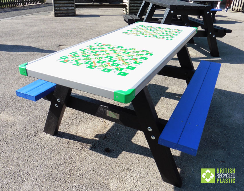 The Otley recycled plastic activity table