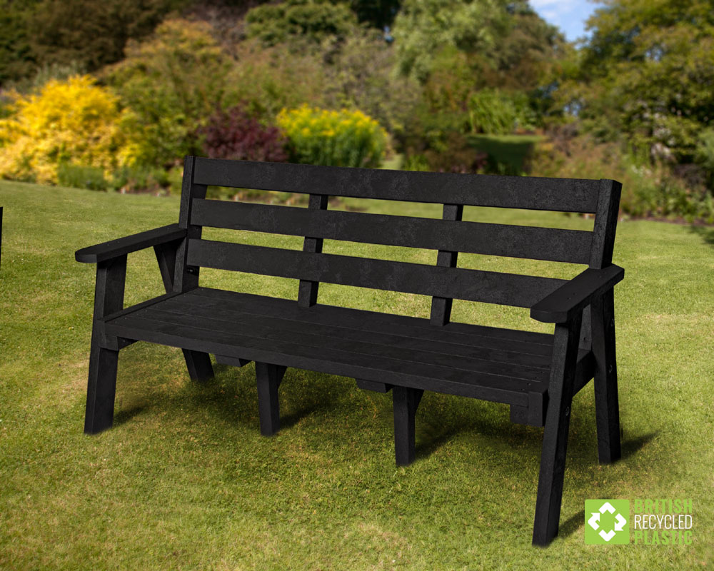The recycled plastic Ilkley bench from British Recycled Plastic
