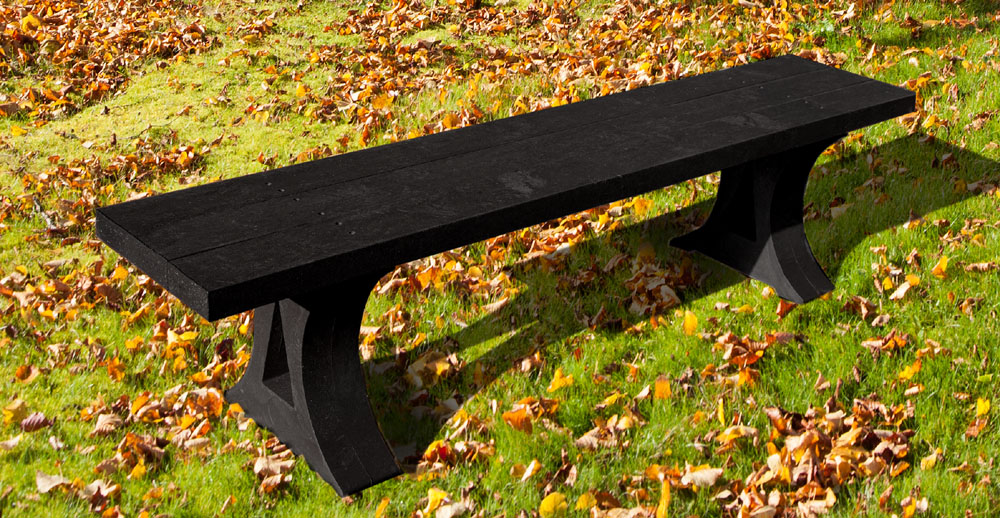 The Oakworth bench made from recycled plastic