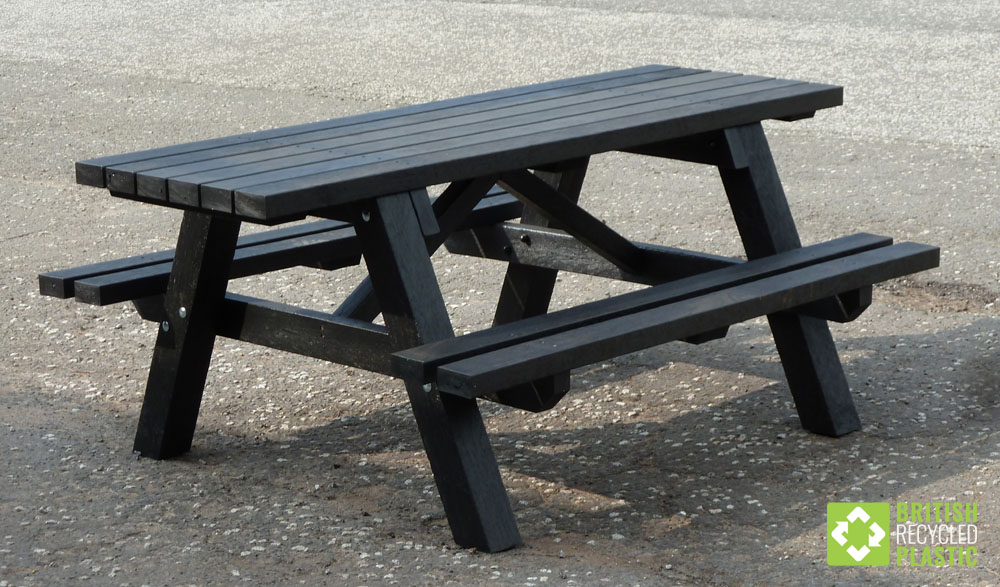 Rastrick wheelchair accessible recycled plastic picnic bench