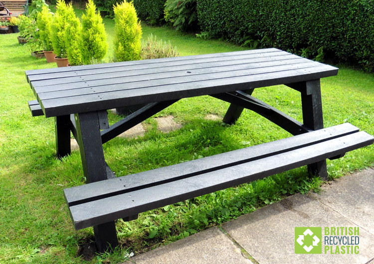 The Todmorden heavy duty recycled plastic picnic table from British Recycled Plastic
