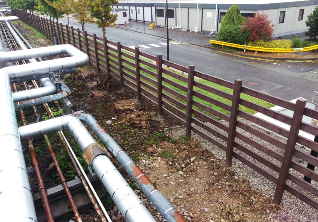 astra-zenica-fence-2