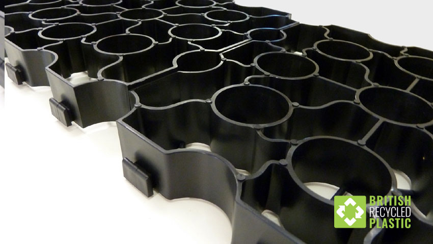 The recycled plastic Hebden X-Grid permeable paving
