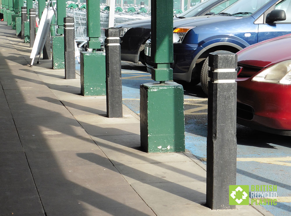 Recycled plastic square bollards