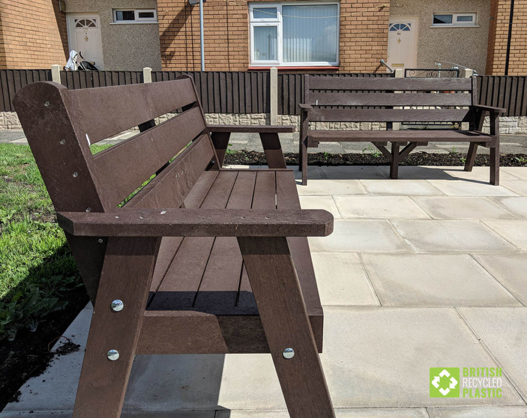 Classic recycled plastic Ilkley sloper bench