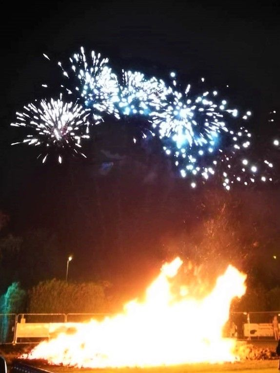 Clitheroe CC's fireworks display entertained a crowd of hundreds