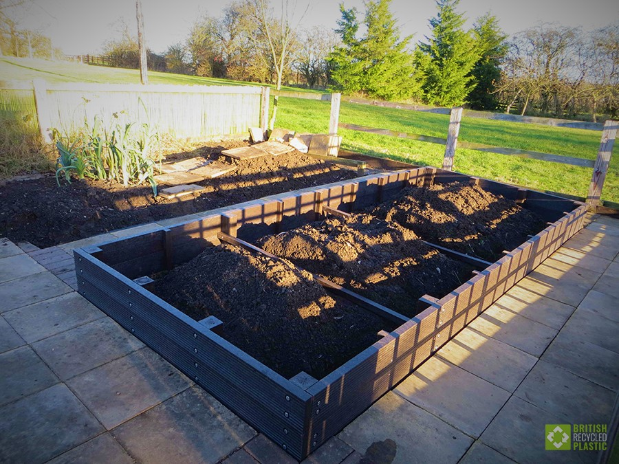 Chris Fone's raised bed project