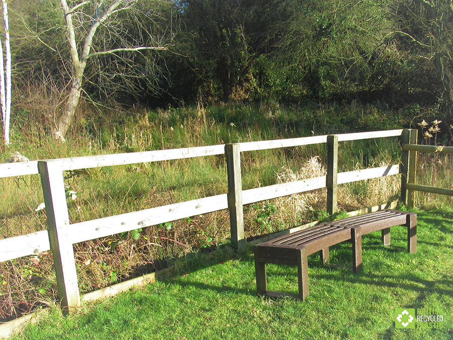 Visitors can enjoy the a rest by the beautiful views of Marconi Ponds