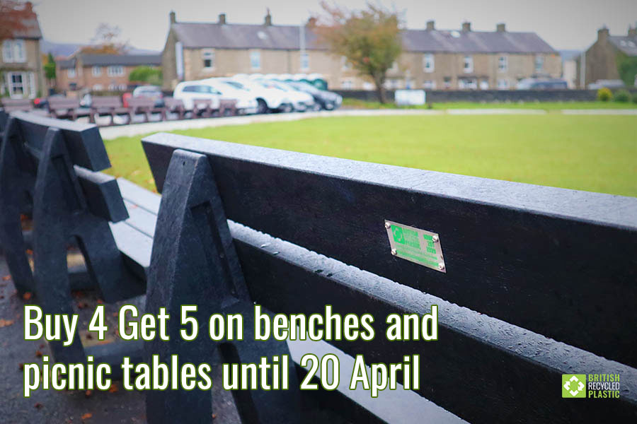 Buy 4 Get 5 on picnic tables and benches until 20 April