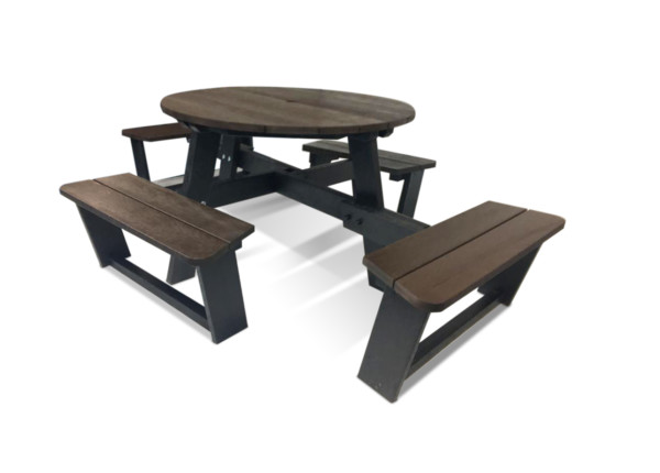 The Calder Plus extendable 8 seater recycled plastic picnic table for optional safe social distancing.