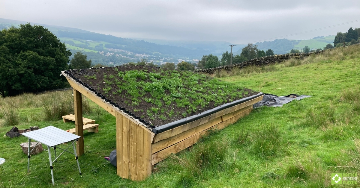 Living roof with Hebden X Grids